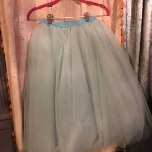 Tulle knee length skirt